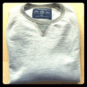 American Eagle Outfitters Athletic Fit Sweater